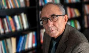 Şair Ataol Behramoğlu'nun şiirleri Fransa'da okurla buluşacak
