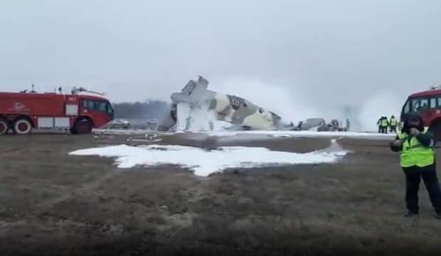 Son dakika: Kazakistan'da An-26 tipi uçak düştü, çok sayıda ölü ve yaralılar var