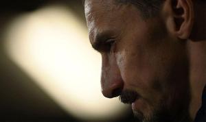 Zlatan Ibrahimoviç gözyaşlarını tutamadı!