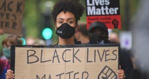 ABD Polisi, 16 Yaşındaki Bir Siyahi Amerikalıyı Öldürdü