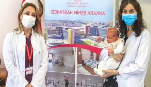 Doktor annesi hamileyken aşı oldu, oğlu Türkiye'nin antikorlu doğan ilk bebeği oldu!