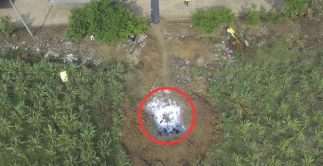 Eski polisin bahçesinde aralarında kadınların da bulunduğu 14 kişiye ait cansız beden bulundu