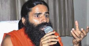 Hindistanlı Yoga Gurusu: Tanrı Atmosferi Oksijenle Doldurmuş, Aptallar Oksijen Tüpü Arıyor