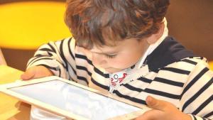 Pandemide çocuklarda ekran bağımlılığı uyarısı