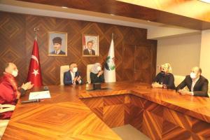 Salgın nedeniyle kavuşamayan Rizeli Resul ile Azeri Gülyanak nihayet nikah masasına oturdu