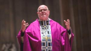Alman Kardinal, Cinsel İstismar Skandalları Nedeniyle İstifa Etti