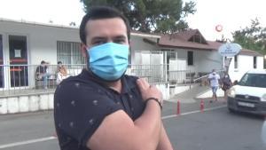 Bodrum'da aşı metrelerce aşı kuyruğu: 5 bin 600 kişi aşılandı