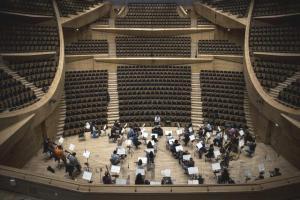 """CSO, Fado müziğinin tanınmış isimleriyle """"umudun melodisini"""" sanatseverlerle buluşturacak"""