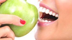 Dişler için en iyi ve en kötü besinler