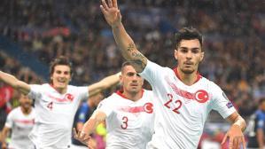 Galatasaray ve Beşiktaş, Kaan Ayhan transferi için karşı karşıya geldi
