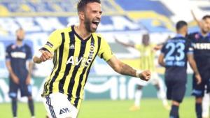 Gökhan Gönül, Fenerbahçe'de kalabilmek için her türlü fedakarlığı yapmaya hazır