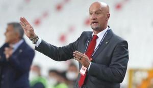 Marco Rossi: Szalai 20 milyon Euro'yu hakediyor!