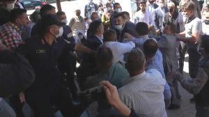 Son dakika: Seçimlerde kavga! Jandarma müdahale etti