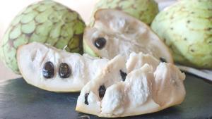 Tropikler ailesinden: Tarçın elması (Graviola) nedir, faydaları neler?