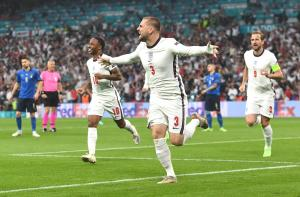 İngiltere'de Luke Shaw, Avrupa Şampiyonası finallerinde en erken golü attı