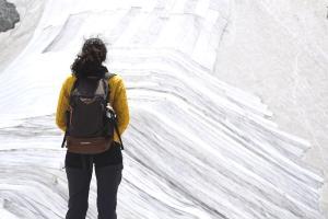 İtalyanlardan Presena Buzulunun Erimesine Karşı Muşamba Önlemi: Yüzde 70'i Korundu
