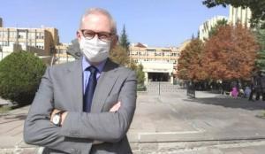 Prof. Dr. Murat Akova: Kapalı alanda aşının şart koşulması taraftarıyım