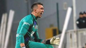 PSV maçında yaptığı iki kritik hatanın ardından Muslera gözyaşlarına boğuldu