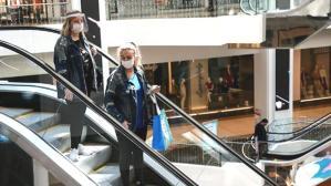 Sağlık Bakanlığı koronavirüs rehberini güncelledi! 1 metre olan sosyal mesafe 2 metreye çıkarıldı
