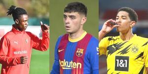 Sahada Oynadıkları Futbolla Tüm İzleyicileri Kendine Hayran Bırakan Genç Futbolcular