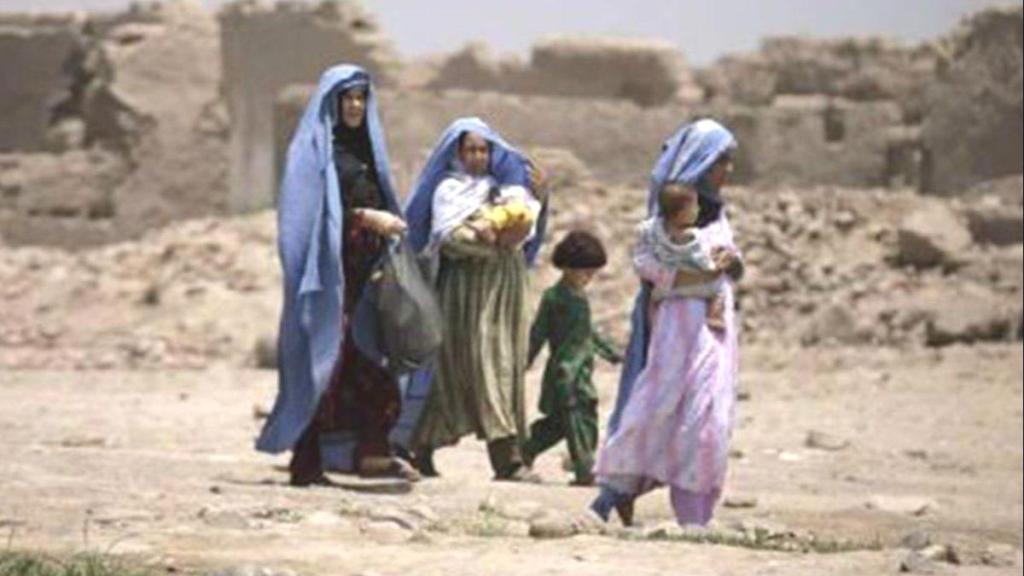 Afgan göçmenlerin ilk kafilesi Kanada'ya ulaştı