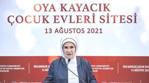 Emine Erdoğan: Çok daha fazlasını yapmak için uğraş veriyoruz