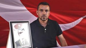 Evlat nöbetindeki baba: İyi bir yer olsa HDP'liler çocuklarını gönderirdi