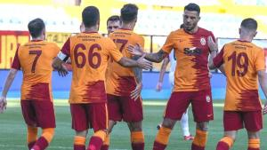 Galatasaray'da St.Johnstone maçının ilk 11'i belli oldu! Yeni transferler görücüye çıkıyor