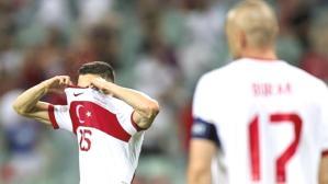 Halimiz içler acısı! Türkiye, FIFA dünya sıralamasında 10 basamak birden düştü