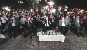 Marmara Depremi'nde hayatını kaybedenler Gölcük'te anıldı