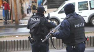 Polisin Zorla Üst Araması Hak İhlali Sayıldı: 10 Bin TL Tazminat Ödenecek