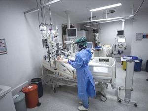 Sağlıkçılar İzin Yasağına Tepki Gösterdi: 'Kabul Edilemez'