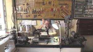 """ZONGULDAK – Eski dikiş makineleri Kazım ustanın elinde """"hayata"""" dönüyor"""