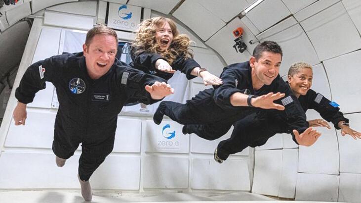 Amatör astronotların uzay yolculuğu için geri sayım başladı