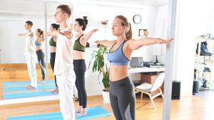 Dik duruşun vücudunuza sağladığı 10 fayda