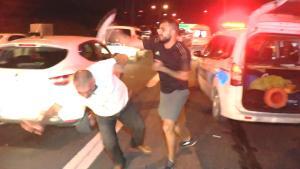 Kazaya Neden Olan Alkollü Sürücüye Olay Yerinde Dayak