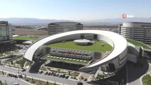 Son Dakika | Erzurum Şehir Hastanesi 1.5 yılda 1 milyon 250 bin hastaya hizmet verdi