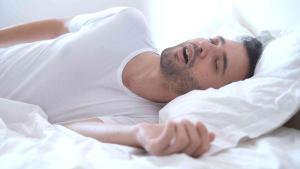 Uyku apnesi birçok hastalığa zemin hazırlıyor