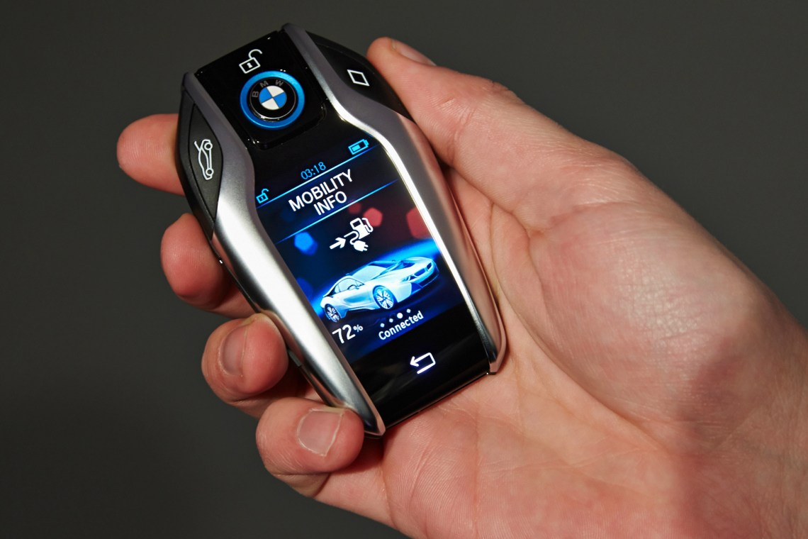 the new bmw key fob with display