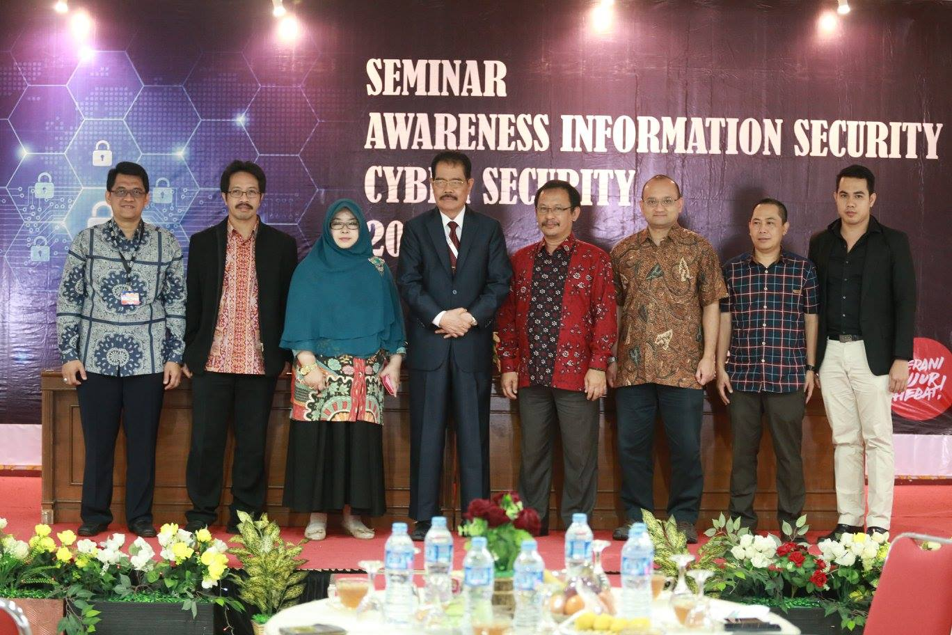 Seminar Awareness Information Security Cyber Security 2016