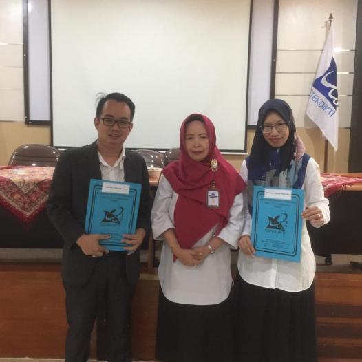 Pak Darius Antoni dan Ibu Fitriya Juara 1  Dosen Berprestasi LLDIKTI Wilayah 2