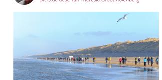 Theresia Groot-Kolenberg wandelt Egmondloop ten bate van Reumafonds