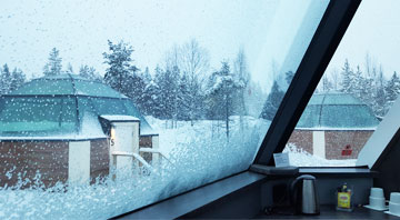 Stay in Glass Igloo- Finnish Lapland