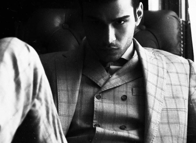 Formal Suit Lalel Cut