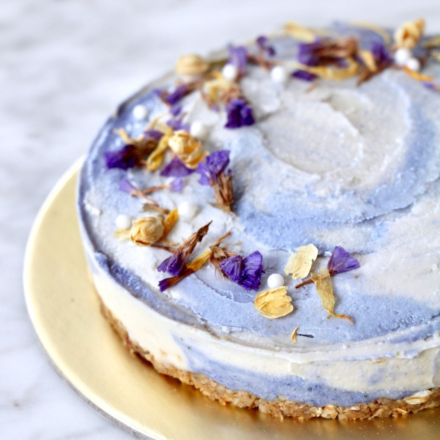 Butterfly pea flower Cheesecake