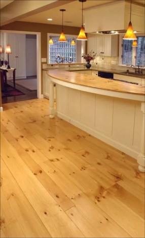 Eastern White Pine Flooring in Random Widths