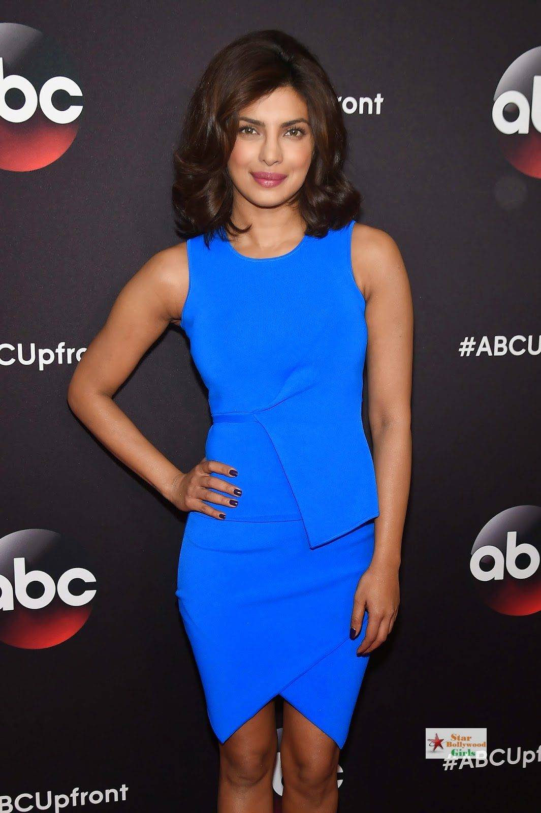 Priyanka Chopra Looks Sexy In Blue Figure Hugging Dress As She Attends The 2015 ABC Upfront At Avery Fisher Hall, Lincoln Center In New York4