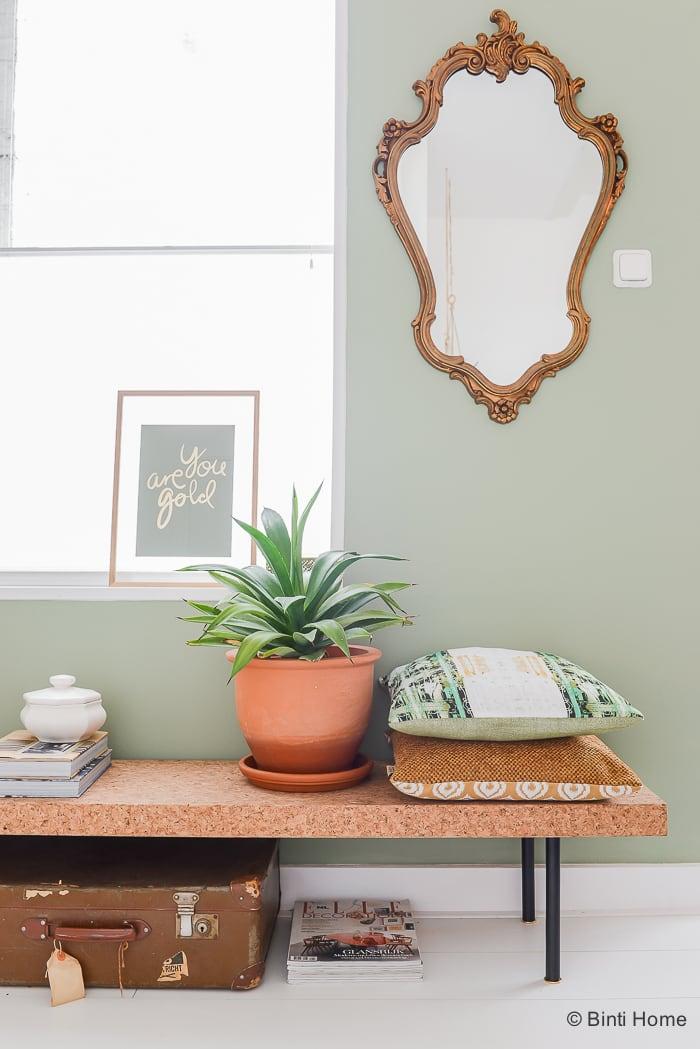 Interieurinspiratie kussen styling in de woonkamer ©BintiHome-6