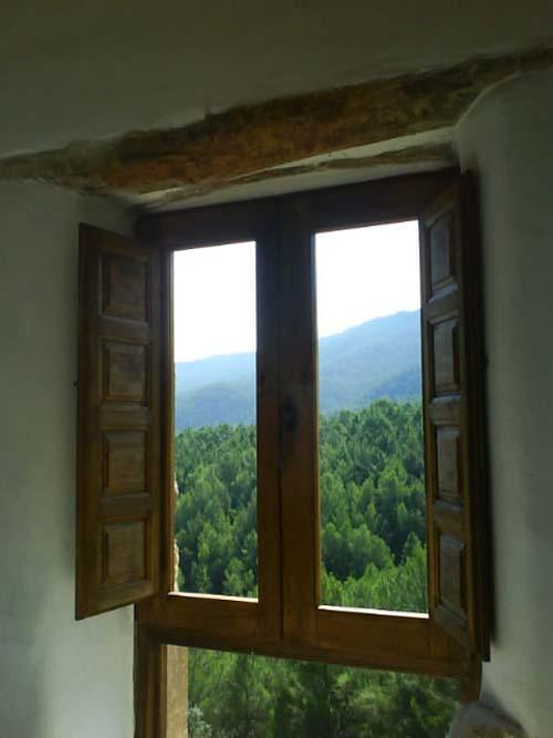 Carpinteria de madera con vistas.