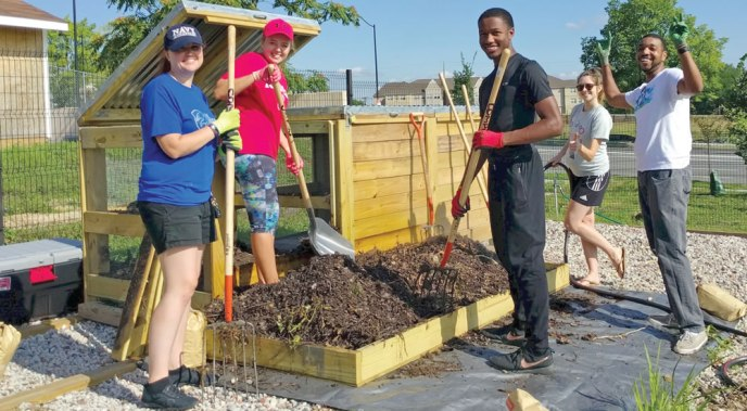 Community-Scale Composting At Urban Gardens And Farms | BioCycle